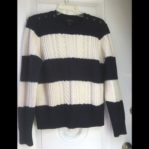🎃J Crew cable knit sweater